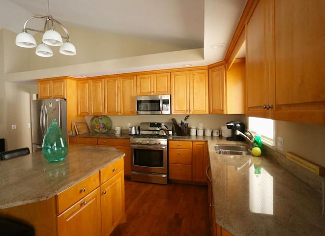 Gorgeous Home on Secluded Peaceful Lot, Pittsford