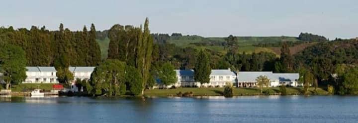 Okawa Bay Lake Resort