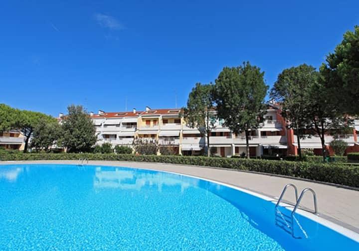 Appartamento con piscina vicino spiaggia e centro