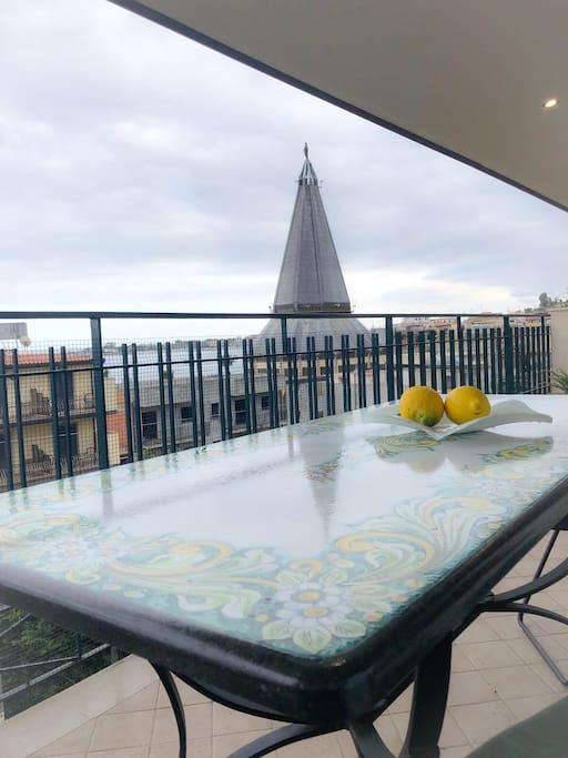 Vista dal balcone lato mare