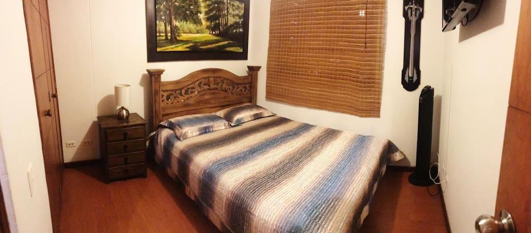 Amazing and cosy Room - El poblado