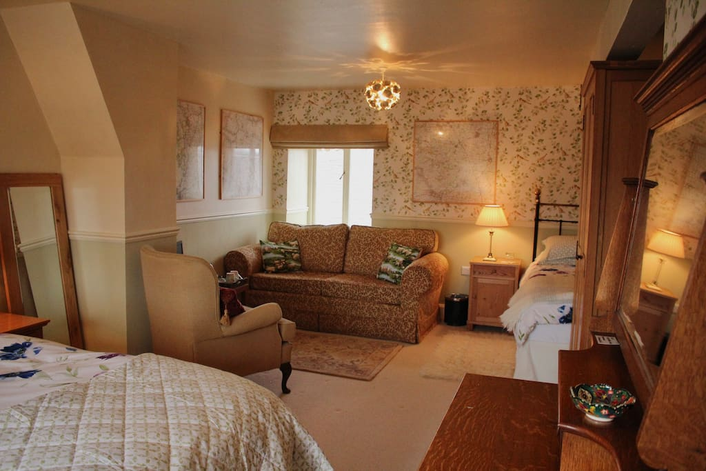 Bedroom - Ingleborough room