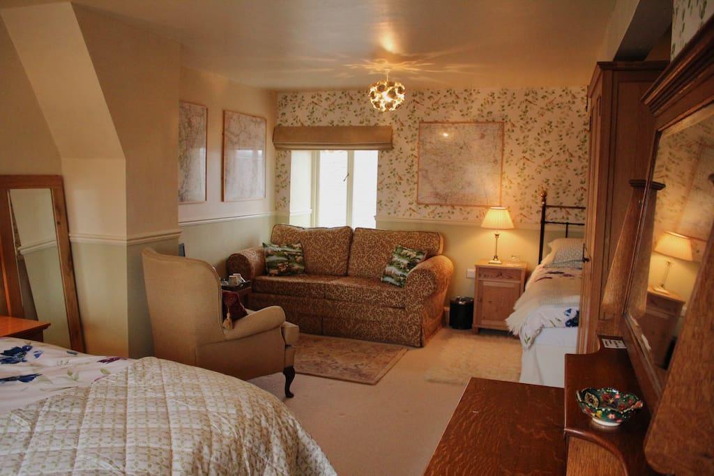 Bedroom - Ingleborough room