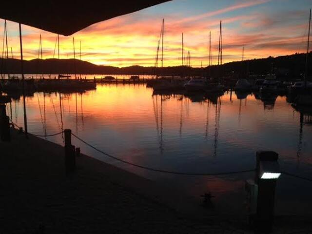 Knysna Waterfront - 2 minutes from where you'll be staying