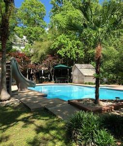 Bayou Getaway...Family Fun with Amazing Pool