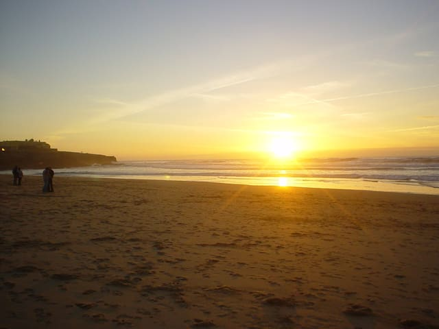 We are less than 30 minutes walk from Guincho Beach.