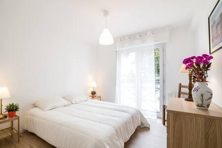 CENTRE HISTORIQUE VANNES- 80m² résidence Standing - Vannes