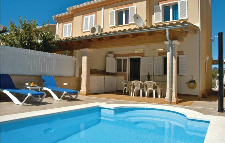 Awesome home in Alcúdia with WiFi and 4 Bedrooms