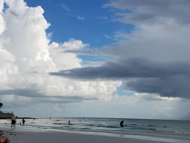 Siesta Key beach, just a 5 minute walk from the condo!!