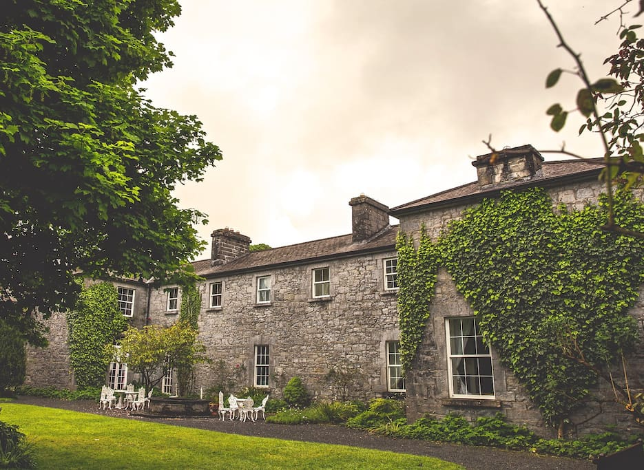 The Park Hall Ross Castle Galway Houses For Rent In