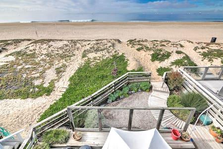 Spectacular Beachfront House