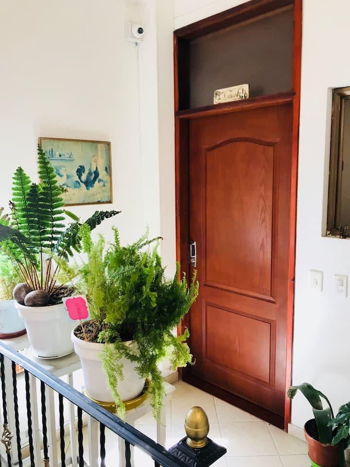 Excellent location, private apartment