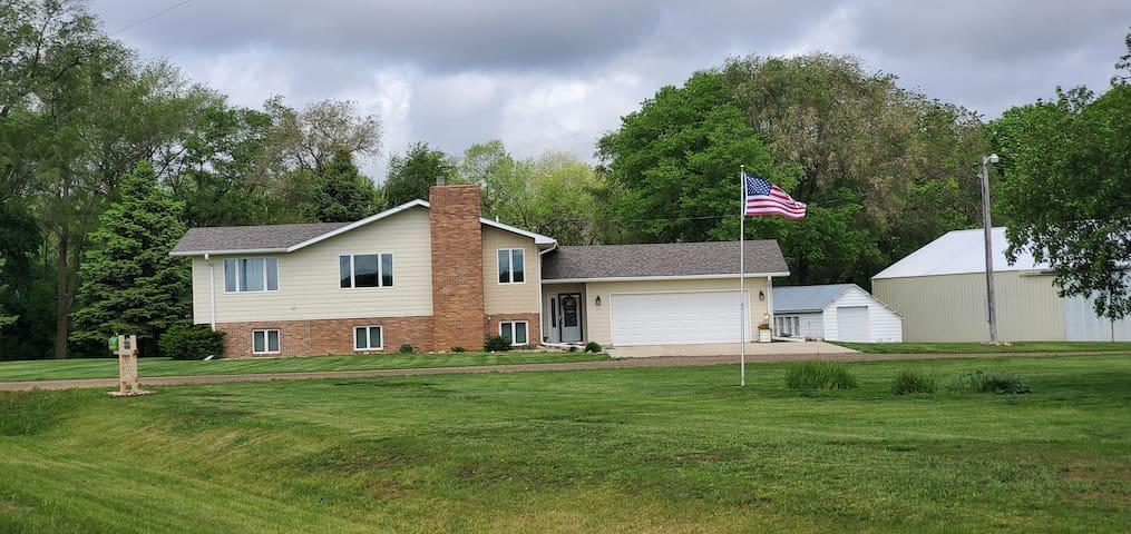 Quiet split level farm home w/ garage parking
