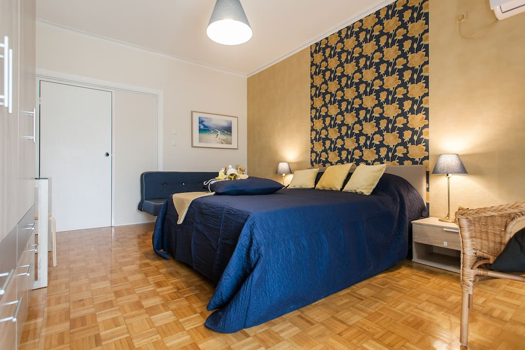 ''Great stay, very clean lovely room. Highly recommended''James*****