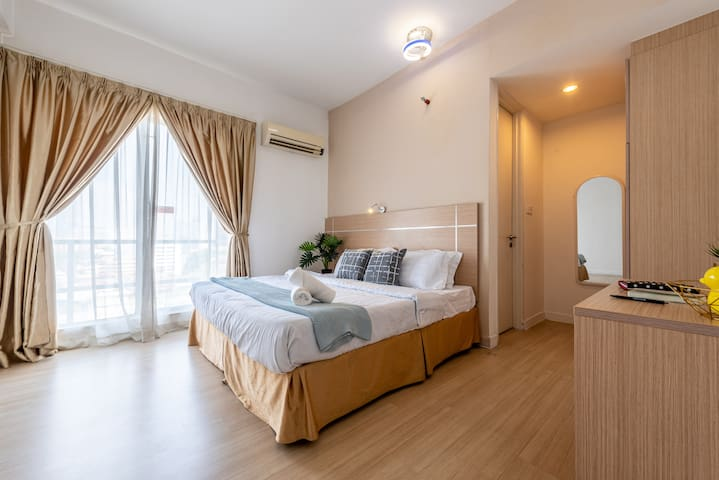 5-7-Pax 3BR 5min to KLCC walk to LRT Station 中文房东