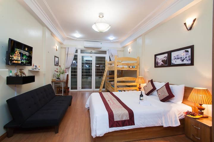 Family Homestay in Old Quarter Hanoi/ Private Bath
