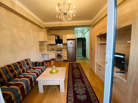 Cozy High Floor Studio