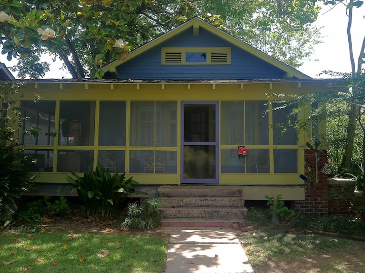 Garden District Bungalow near LSU and Downtown