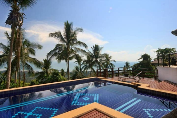 Most Relaxing 2BR + Pool - Sunset Sea View