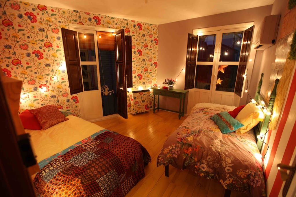 Fancy and bohemian room based on Andalucian typical FERIA, vintage flamenco feeling