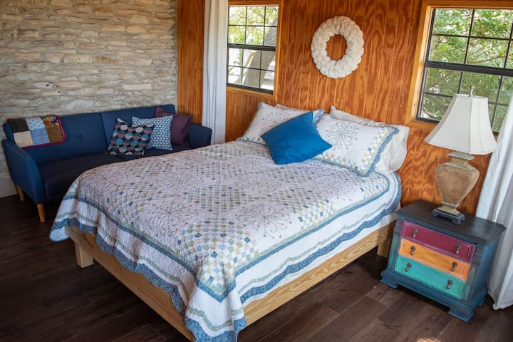 Queen bed with futon