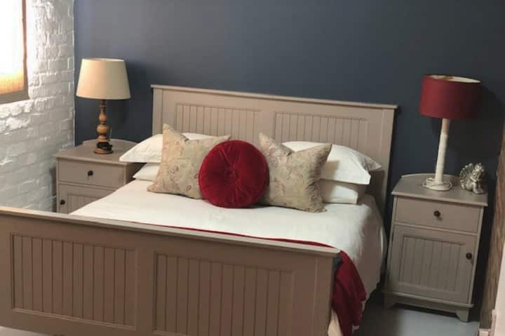 Paarl Self-catering cottage - Central Paarl