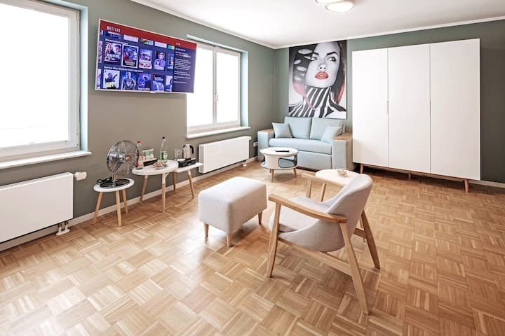 ★★★★Apartment, near Dresden's trendy district