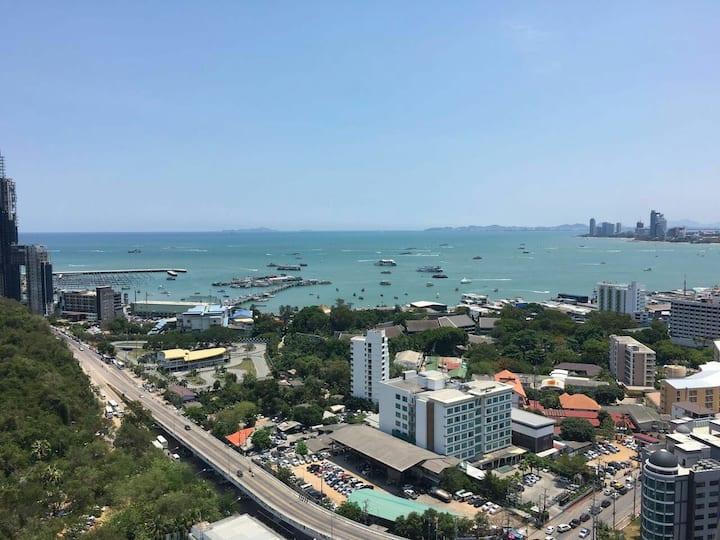 100% Great Pattaya Bay Seaview 30th Floor 1BR/1BTH