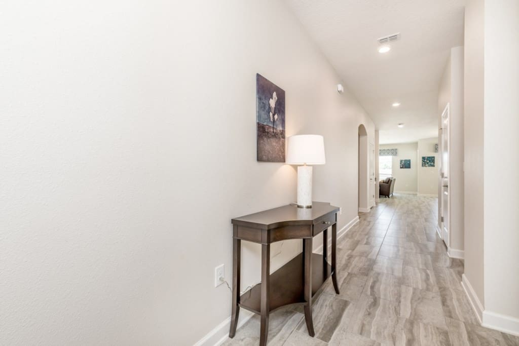 1614MoonValley,ChampionsGate_01.jpg