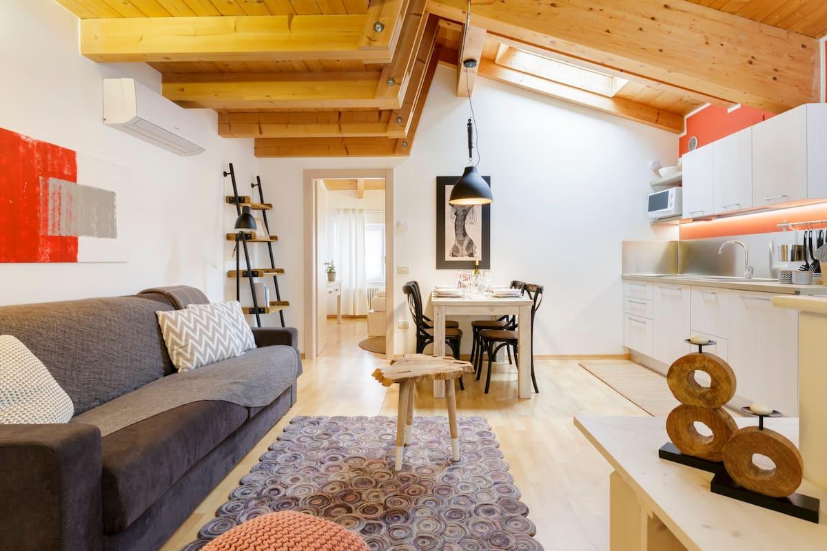 Accogliente appartamento in elegante palazzo storico del centro Rosso