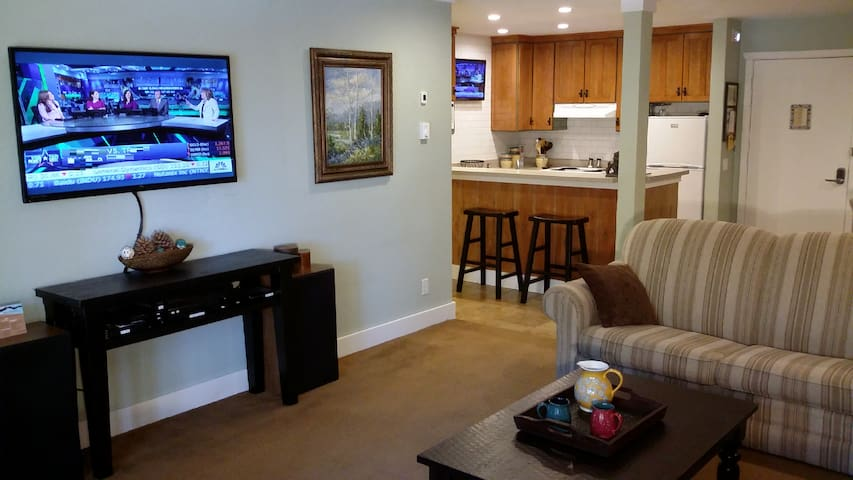 Steps to Eagle Ski Lodge - The Summit Condos #E-7 - Mammoth Lakes - Appartamento