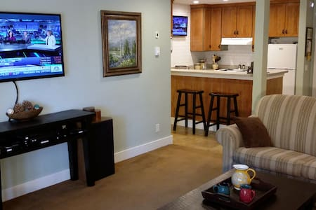 Steps to Eagle Ski Lodge - The Summit Condos #E-7 - Mammoth Lakes - Wohnung