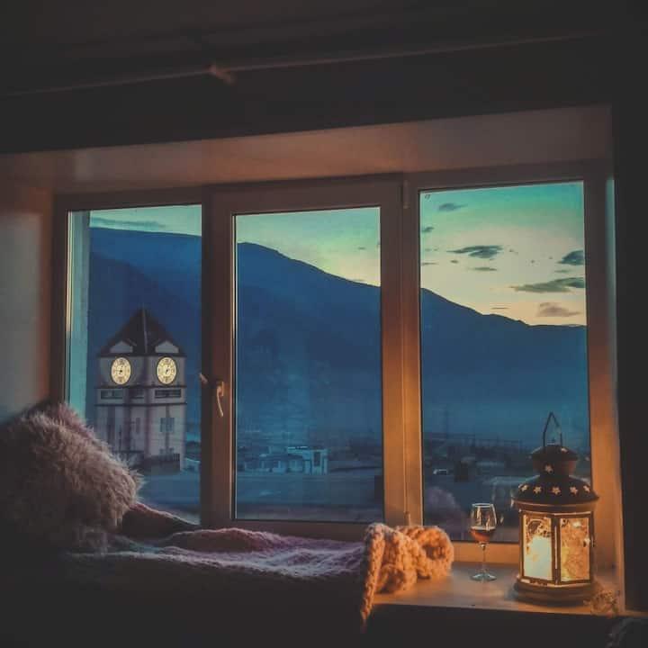 Уютная квартира с видом на горы
