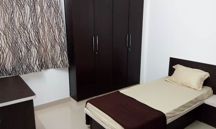 Private room in Baner (311) for monthly stays