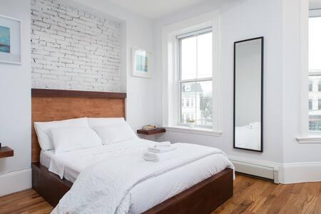 Brownstone Custom Bedroom - 波士顿 - 公寓