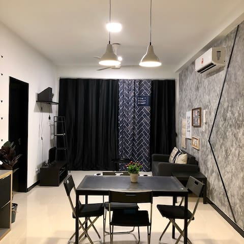 Cozy Home: Living Room