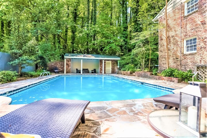 airbnb in atlanta georgia with private pool