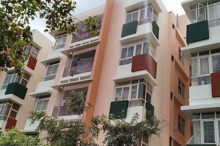 Cosy furnished apartment Beautiful green township