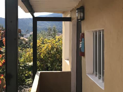 Dejlig lejlighed MED  MORGENMAD  OG WIFI i Valsequillo