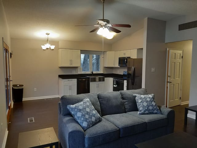 3 Bed Harpers Ferry Mountain Retreat w/ Fire Pit