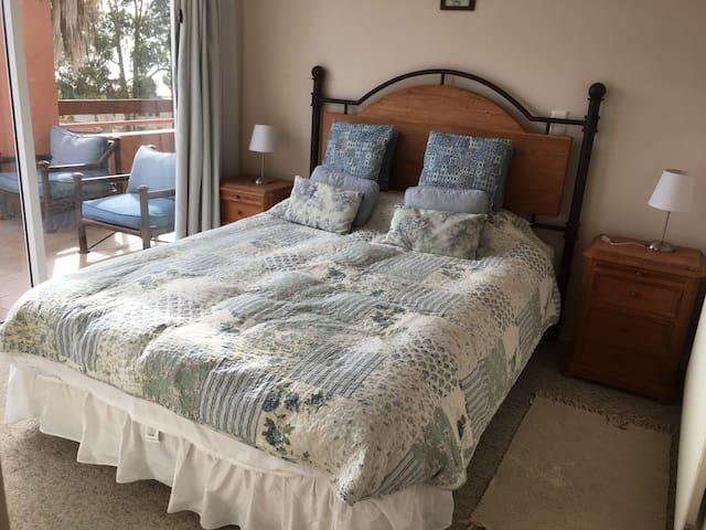 Dormitorio matrimonial primer piso