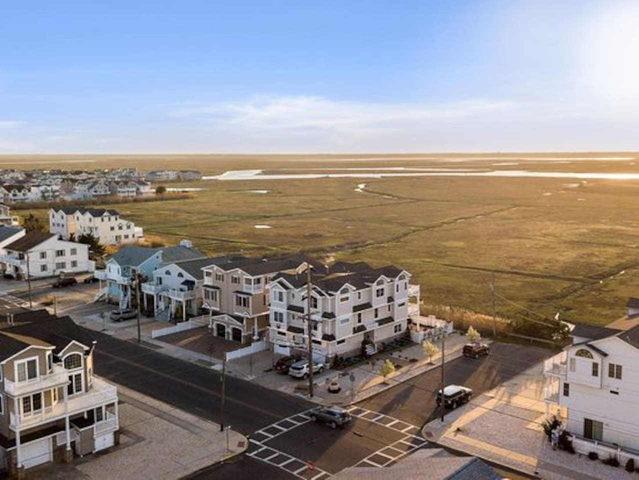 Gorgeous 5 BR 3.5 Bath Sea Isle Home with Spectacular view of Bay.