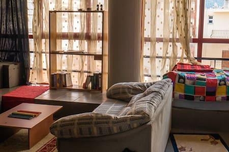 Bright studio apartment in the center of Volos. - Volos