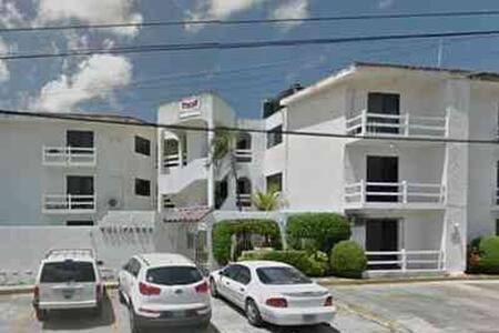 DEPARTAMENTO  económico con piscina - Cancún - Departamento