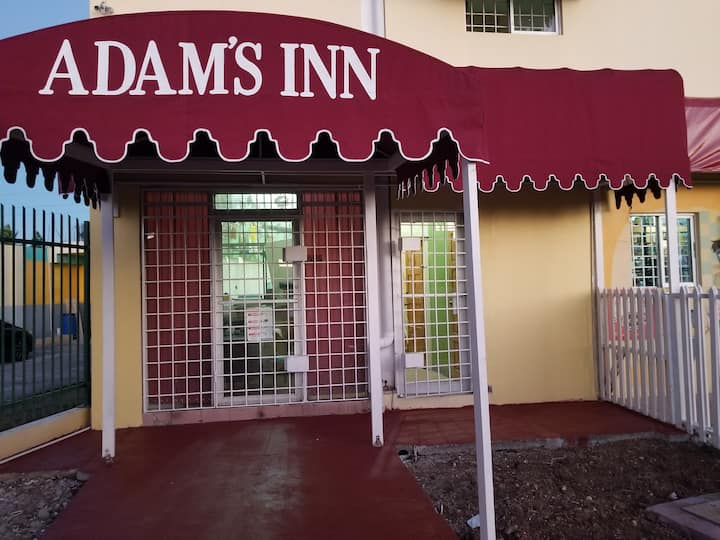 ADAM'S INN the professional Inn