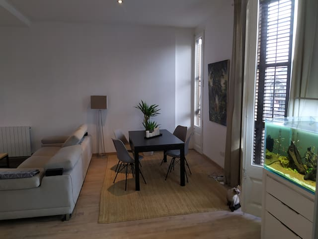 Double room in the heart of Barcelona (Born area)