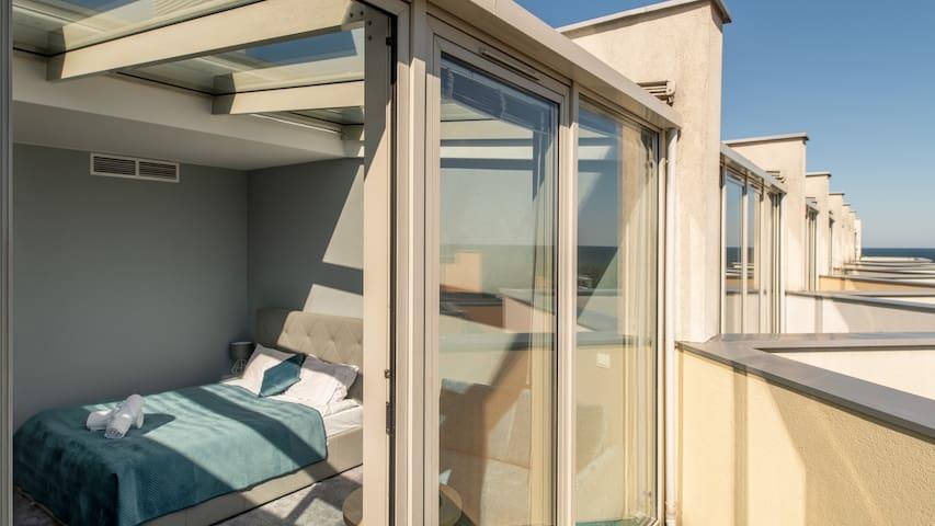 Apartament z widokim na morze 50 m. od plaży