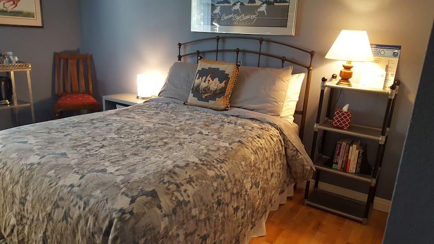 #Thousand Oaks Getaway - Thousand Oaks - Bed & Breakfast