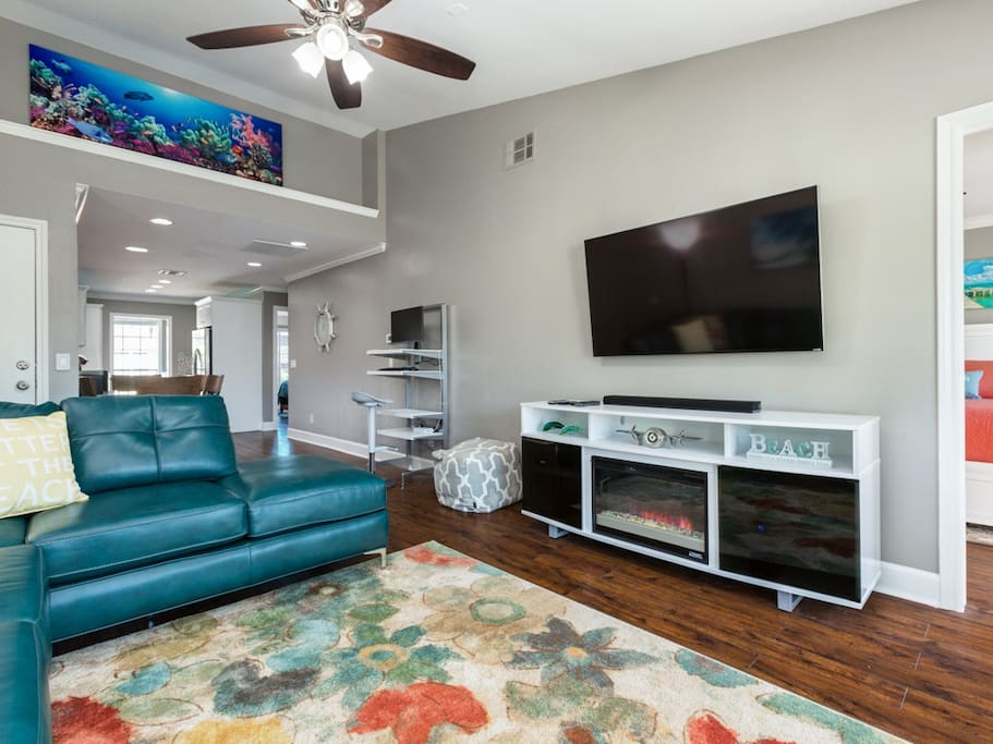 """A huge 4K Ultra HD 60"""" TV in the living room"""