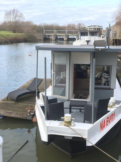 Unique studio on the water